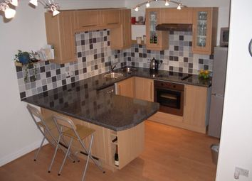 Thumbnail 1 bedroom flat to rent in Rose Walk, Reading