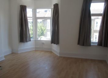 1 bed property to rent in Pearcroft Road, London E11