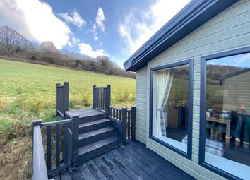 2 bed mobile/park home for sale in Swallow Lakes, Longhope GL17