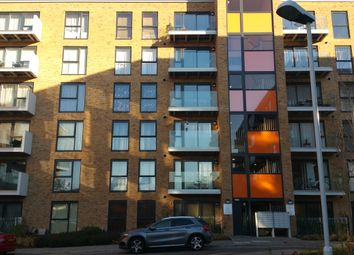 Thumbnail 2 bed flat to rent in Edgware, Middlesex
