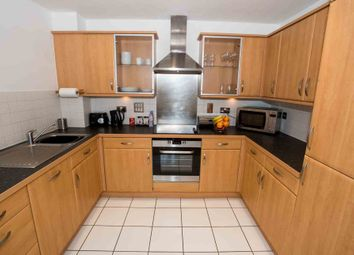 Thumbnail 2 bedroom flat to rent in Fobney Street, Reading