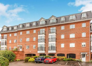 2 bed flat for sale in Ruskin, Caversham, Reading RG4