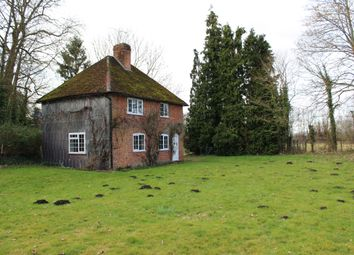 Thumbnail 3 bed cottage to rent in Greatbridge Road, Romsey