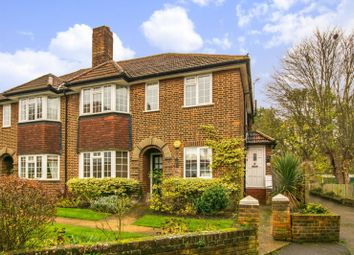Thumbnail 2 bed maisonette for sale in Ditton Lawn, Thames Ditton