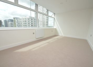 Thumbnail 2 bed flat to rent in Zenith House, Cheapside, Reading