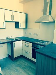 Thumbnail 1 bed flat to rent in 93 Humberstone Gate, Leicester
