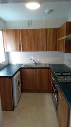 5 bed terraced house to rent in Edmund Street, Sheffield S2