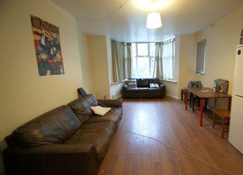 6 bed flat to rent in North Grange Mount, Hyde Park, Leeds LS6