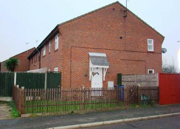 1 bed end terrace house to rent in Shaw Crescent, Tilbury, Essex RM18