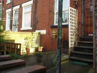 2 bed property to rent in Argie Road, Burley, Leeds LS4