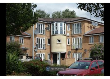 Thumbnail 2 bed flat to rent in Shalbourne Square, London