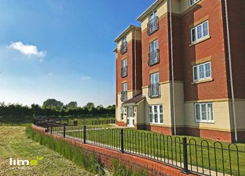 Thumbnail 2 bed flat to rent in 44 Dovestone Way, Kingswood, Hull