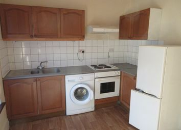 Thumbnail 1 bed flat to rent in Spencer Rd, Ilford/Seven Kings