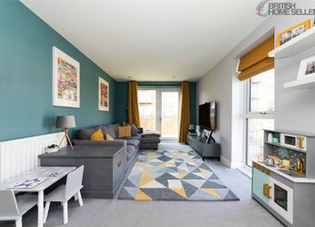 Thumbnail 3 bed flat for sale in Apple Yard London, London