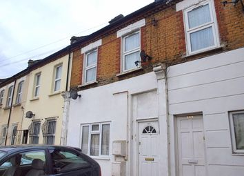 Thumbnail 2 bed flat to rent in Rommany Road, London