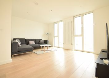 Admiralty Avenue, Royal Docks, Silvertown, London E16. 3 bed town house