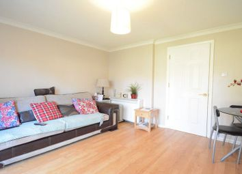 Thumbnail 1 bedroom flat to rent in Crofton Close, Bracknell