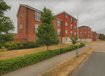 Thumbnail 3 bed flat to rent in Cunningham Avenue, Hatfield, Hertfordshire