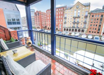 Thumbnail 2 bed flat for sale in Queen Quay, Bristol