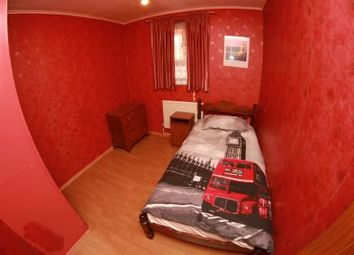 Thumbnail Room to rent in Limscott House, Bow Road