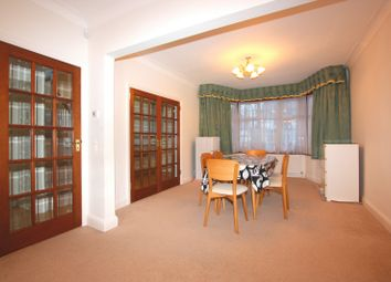 Thumbnail 4 bed property to rent in Edgeworth Avenue, Hendon