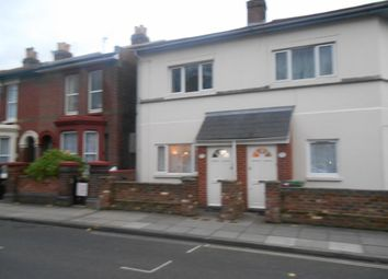 2 bed flat to rent in Somers Road, Southsea PO5
