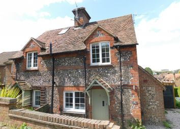 Thumbnail 2 bed cottage to rent in New Road, High Wycombe