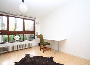 Thumbnail Studio to rent in Camden Road, London