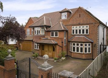 Thumbnail 6 bedroom detached house for sale in Broad Walk, Winchmore Hill