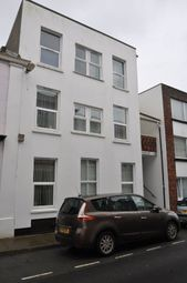 Thumbnail 1 bed flat to rent in Bideford