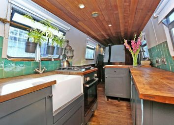 Thumbnail 1 bed houseboat for sale in Poplar Dock Marina, Docklands