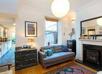 Thumbnail Flat to rent in Chetwynd Road, Dartmouth Park, London