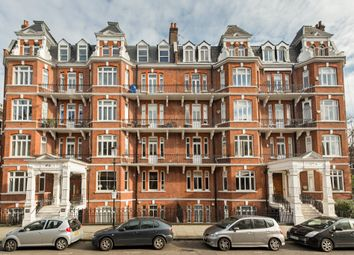 Thumbnail 3 bed flat to rent in Holland Park Gardens, London
