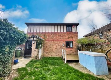 Stafford Grove, Shenley Church End, Milton Keynes MK5. 3 bed semi-detached house for sale