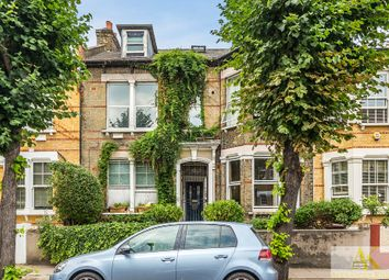 Thumbnail 2 bedroom flat for sale in Thistlewaite Road, London