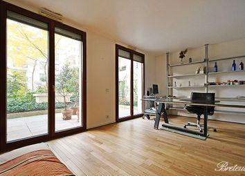 Thumbnail Studio for sale in Paris, Paris, France