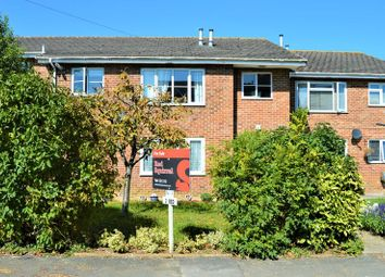2 bed flat for sale in The Hollows, Newport PO30