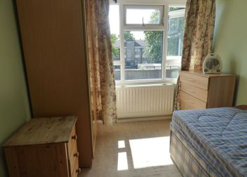 Thumbnail Property to rent in Denmark Gardens, Carshalton