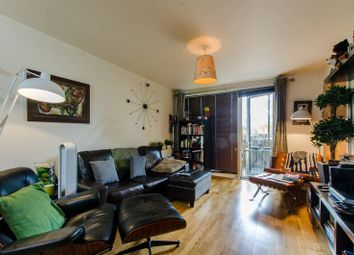 Thumbnail 1 bed flat for sale in Queensbridge Road, Shoreditch, London