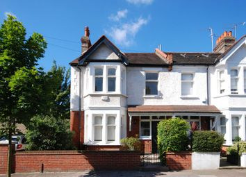 3 bed property to rent in Greenend Road, Chiswick W4