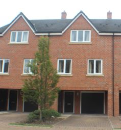 3 bed terraced house to rent in Krefeld Green, Stafford, Staffordshire ST16