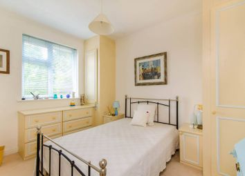 Thumbnail 2 bed maisonette to rent in Page Street, Mill Hill