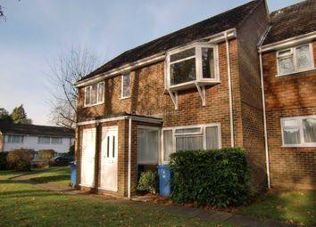 Thumbnail 2 bedroom flat to rent in Waterloo Road, Crowthorne