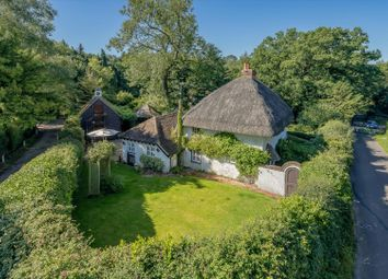 3 bed cottage for sale in Crazies Hill, Reading, Berkshire RG10
