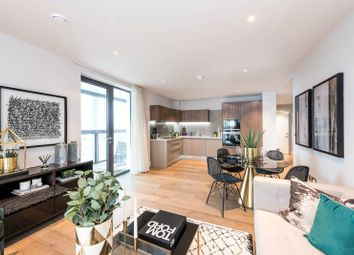 Thumbnail 3 bed flat for sale in Battersea Park Road, Battersea Park
