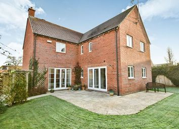 Thumbnail 4 bed detached house for sale in Salmons Leap, Calne