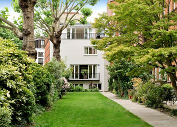 Holbein Place, London SW1W. 3 bed semi-detached house