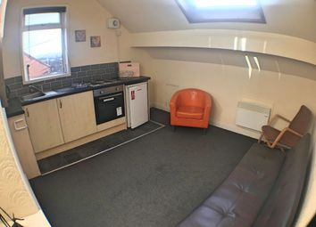 Thumbnail 1 bed flat to rent in Cedar Terrace, Armley, Leeds