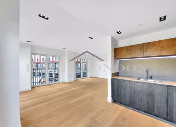 Keybridge Tower, 1 Exchange Gardens, Vauxhall SW8. Studio for sale