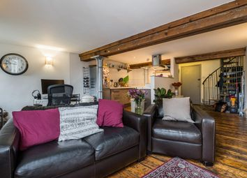 Thumbnail 2 bed flat to rent in Deal Street, London